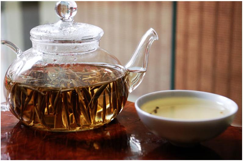 white tea taste